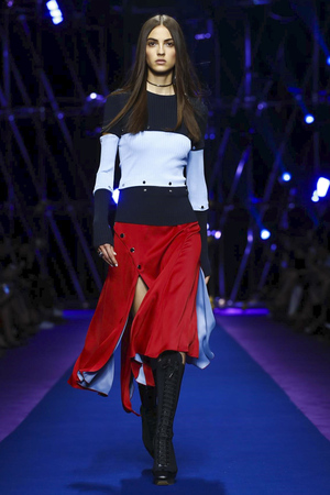 b9fdedded Versace, Fashion Show, Ready to Wear Collection Spring Summer 2017 in Milan